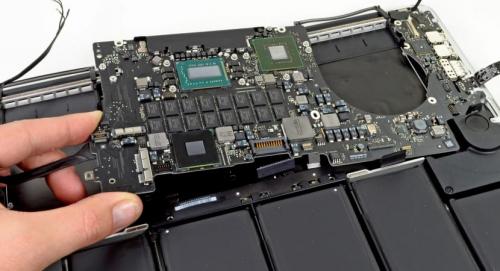 Reparo de Placa Lógica de Macbook